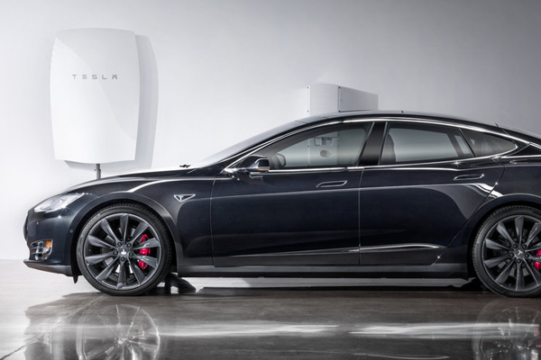 Tesla Home Powerwall Battery Pack Coming to Canada